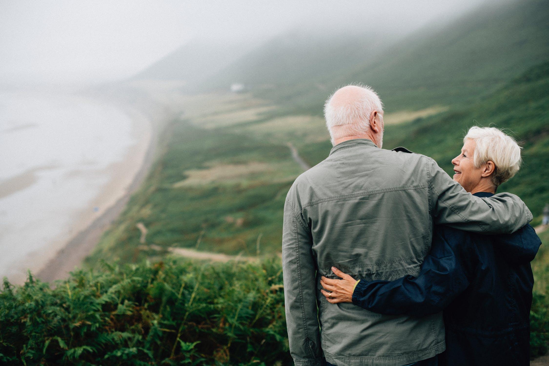 Dům spečovatelskou službou nebo domov pro seniory? Rozdíly jsou značné