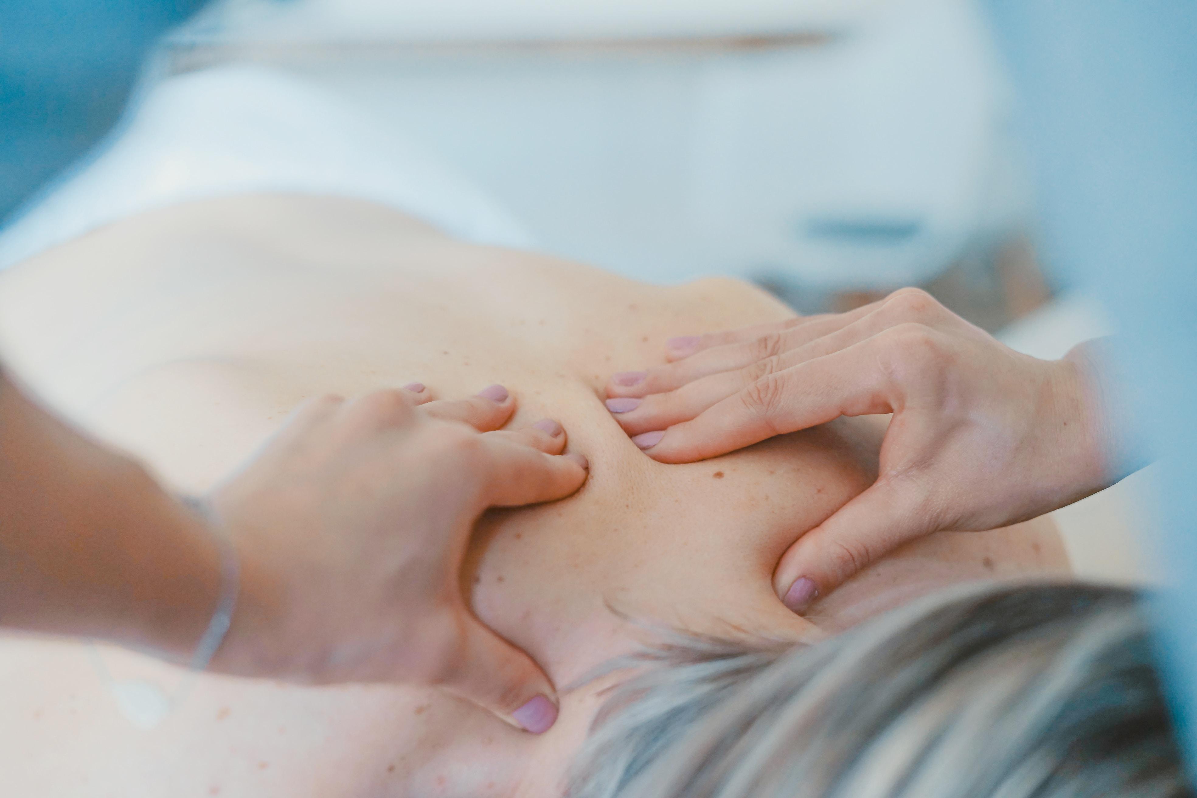 Masáž přinese úlevu a uvolnění