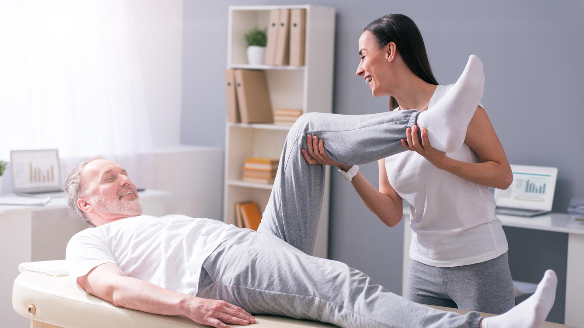 Fyzioterapie není jen rehabilitace. Pomoci nám může mnohem víc