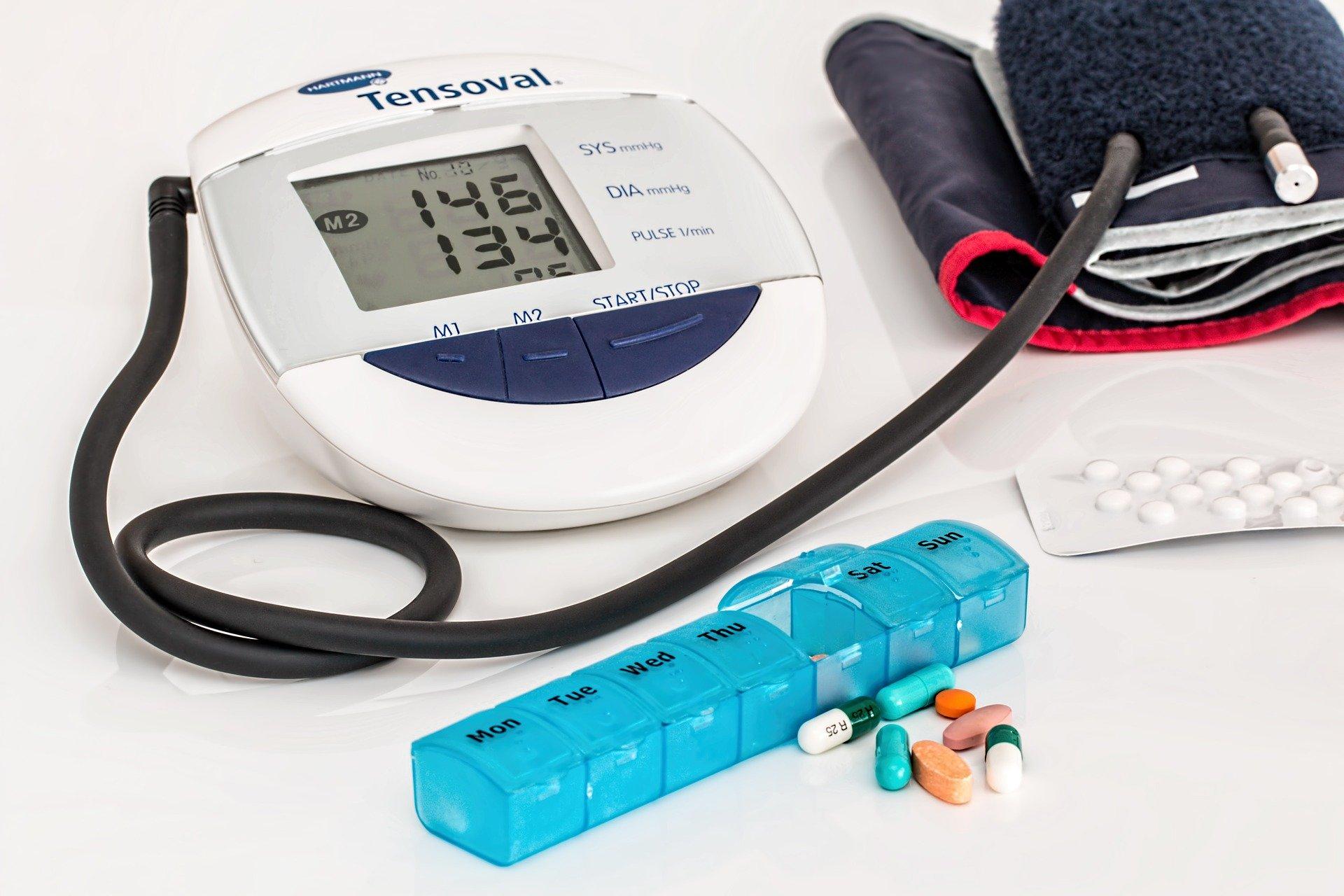 Vysoký krevní tlak nemá příznaky. Proto choďte na preventivní prohlídky.